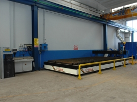 System for plasma cutting tourch and head length. 6m units' CNC